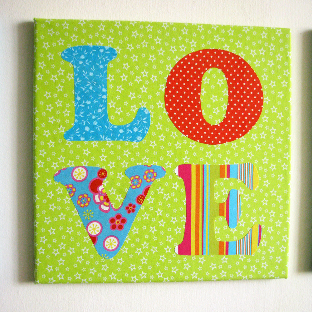 LOVE Fabric Wall Decoration - HOLIDAY