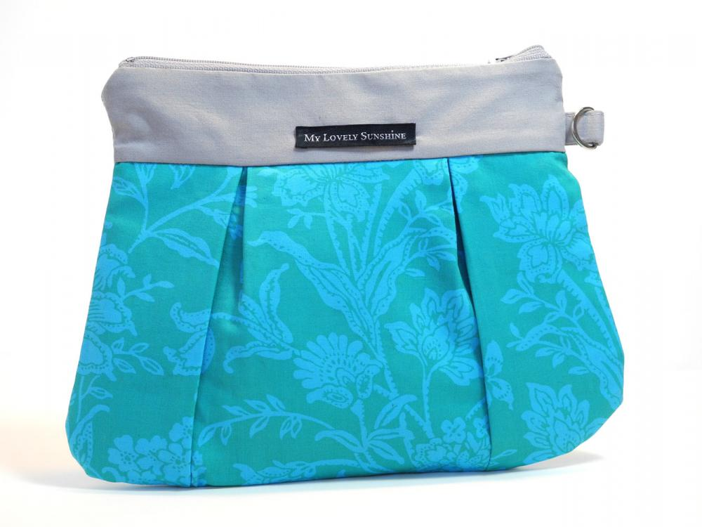 Wristlet / Clutch / Purse / Bag - Bliss in Turquoise
