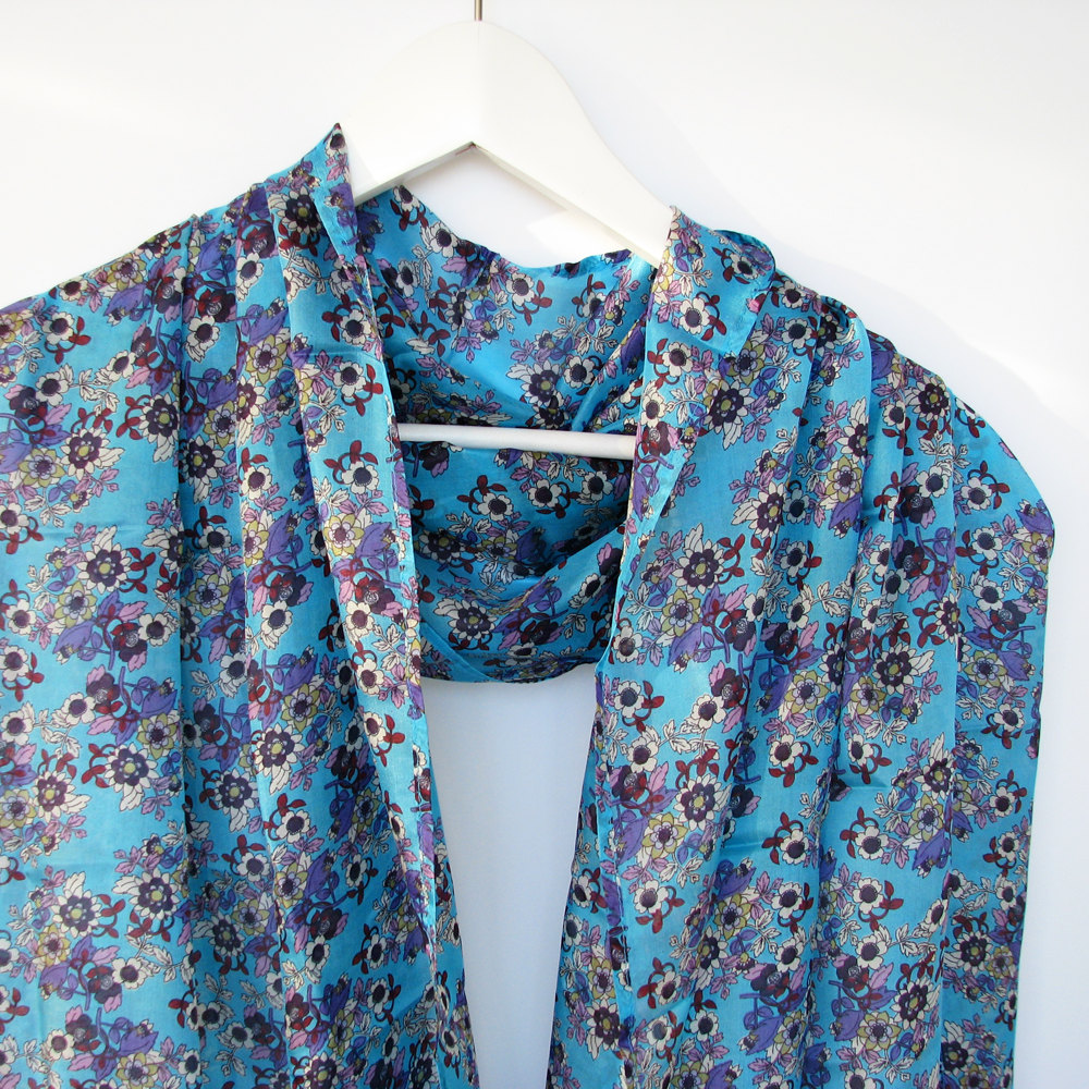 forget me not luxurios silk scarf on luulla